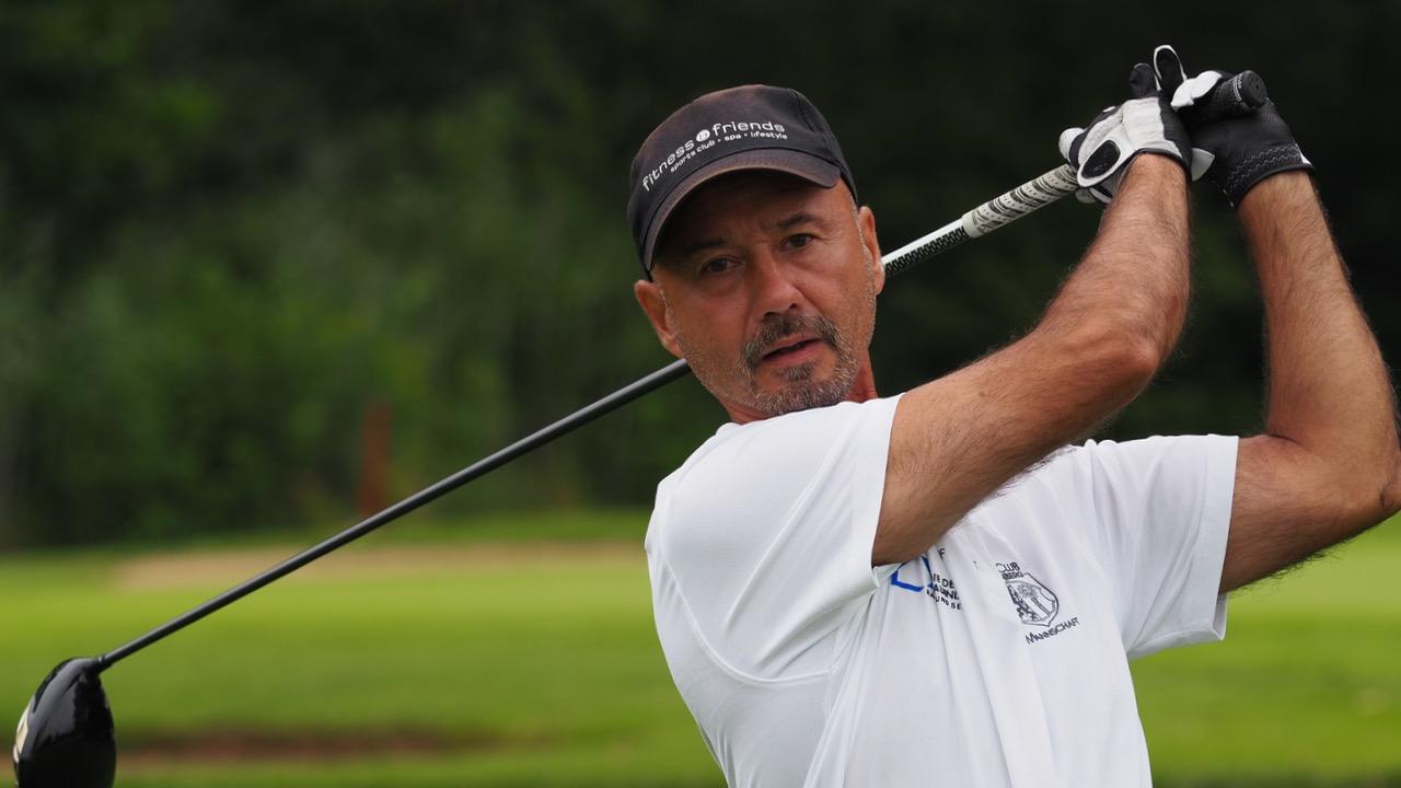 Deutsche Meisterschaft der Golfer mit Behinderung_Abenberg_2016_Driverschlag